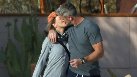 Renée Zellweger a Ant Anstead tvoří nový hvězdný pár.