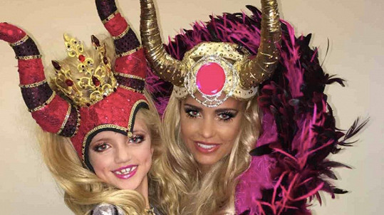 Katie Price a její dcera Princess Tiaamii