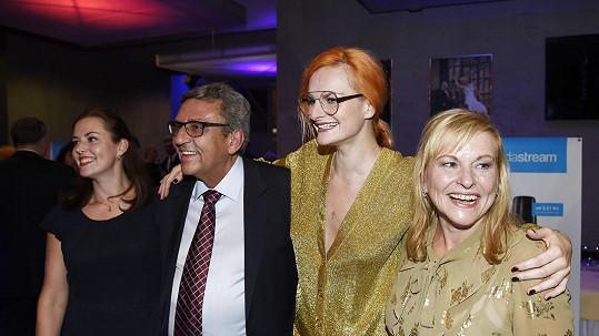 Iva Pazderková s rodinou