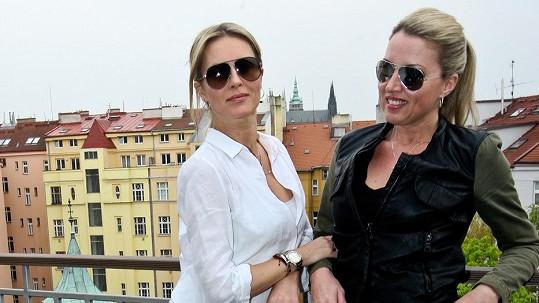 Simona Krainová a její ségra Yvonna