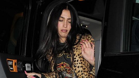 Lourdes Leon odcházela z večírku viditelně unavená.