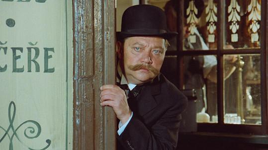 Rudolf Hrušínský jako Ledvina ve filmu Adéla ještě nevečeřela