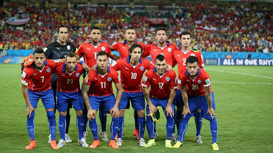 Fotbalisté Chile motivují pornoherečku k neuvěřitelným postelovým výkonům.