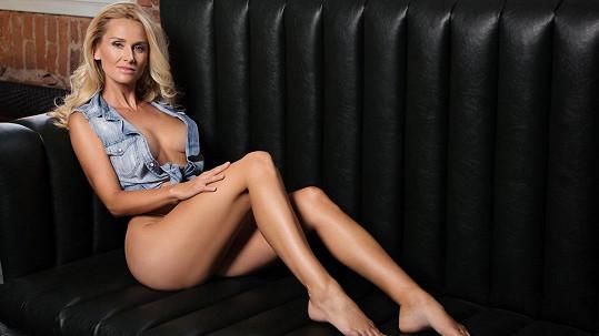 DJ Lucca pózovala na sexy fotkách.