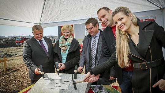 Veronika Procházková zahajovala stavbu nového domova pro seniory.
