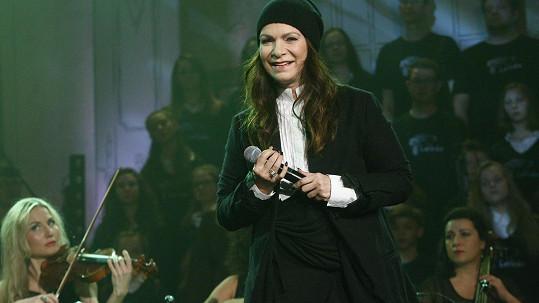 Anna K na koncertu Světlo pro Světlušku