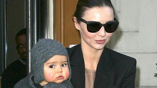 Modelka a její roztomilý syn Flynn.