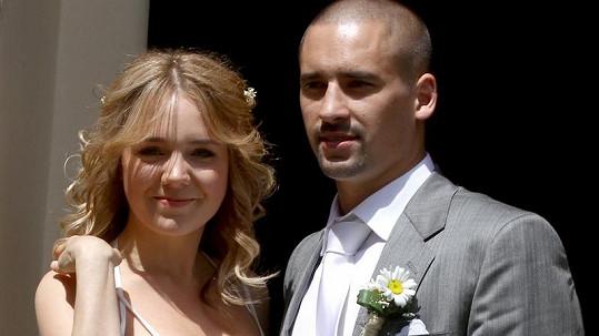 Lucie Vondráčková a Tomáš Plekanec na svatební fotce