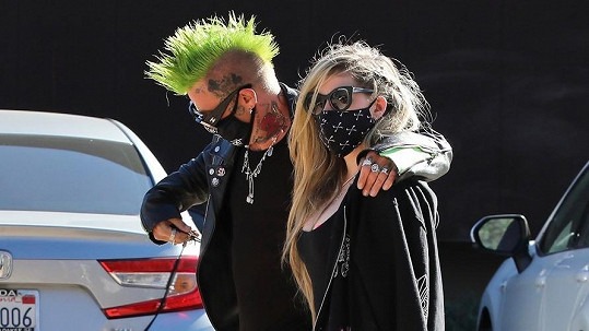 Avril Lavigne s rapperem Mod Sunem