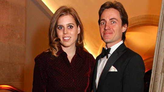 Princezna Beatrice s partnerem Edoardem Mapellim Mozzim