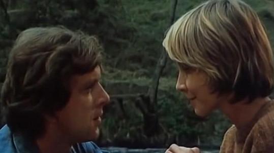 Daniela Kolářová a Jaromír Hanzlík ve filmu Léto s kovbojem (1976)