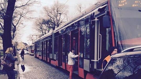 Do Agáty Prachařové narazila tramvaj.