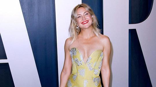 Kate Hudson oslnila nejen zářivým úsměvem, ale také dokonalou figurou.