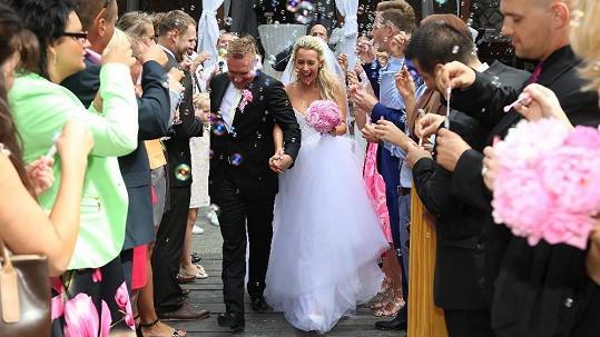 Veronika Sasková se vdala.