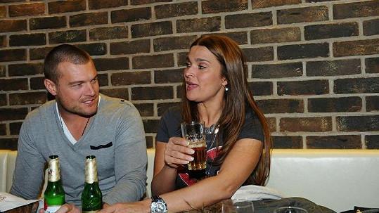 Bočanová a Černý pijou často a rádi.