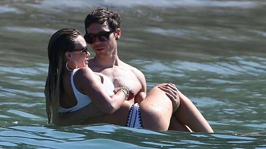 Hilary Duff a Matthew Koma jsou zasnoubeni.
