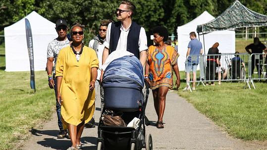 Ondřej Ruml vyrazil s kompletní rodinkou na festival.