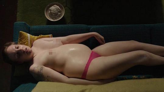 Lena Dunham se ráda odhaluje.