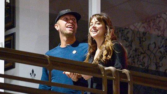 Dakota Johnson a Chris Martin se prý rozešli.
