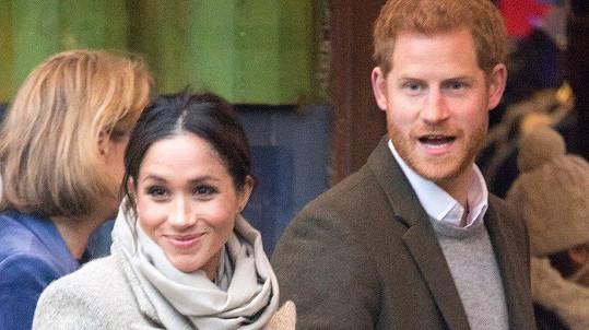 Harry a Meghan vyrazili do rádia.