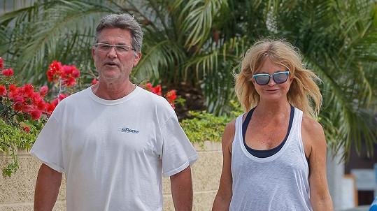 Goldie a Kurt chystají svatbu.