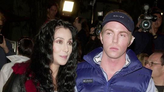 Elijah Blue Allman s matkou Cher nemají ideální vztahy.