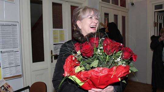 Carmen Mayerová slavila úspěch ve hře Slepá láska.