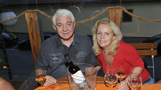 Jiří Krampol s manželkou