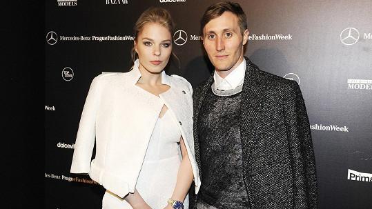 Slovenská partnerská a moderátorská dvojice přišla očíhnout pražský módní týden.