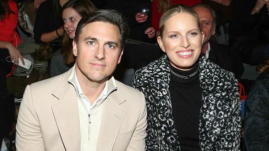 Karolína Kurková s manželem