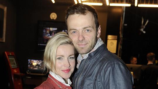 Lukáš Langmajer s manželkou Lucií