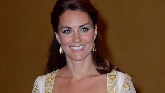 Kate to v šatech od Alexandra McQueena mimořádně slušelo.