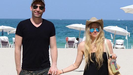 Avril a Chad ustáli manželskou krizi.