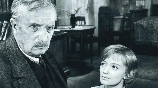 František Smolík a Jana Brejchová ve filmu Vyšší princip