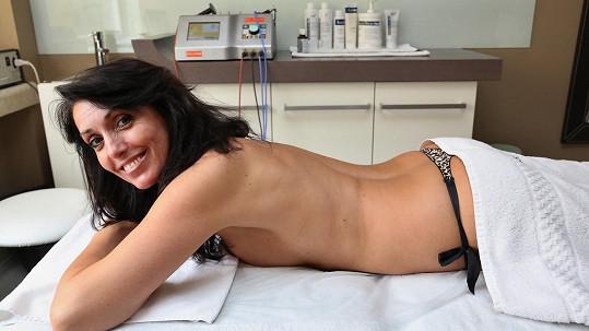 Eva Čížkovská na masáži