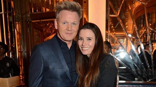 Gordon Ramsay a jeho žena Tana se těší na další dítě.