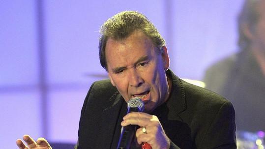 Anglický zpěvák Reg Presley byl na vrcholu kariéry v 60. letech minulého století.