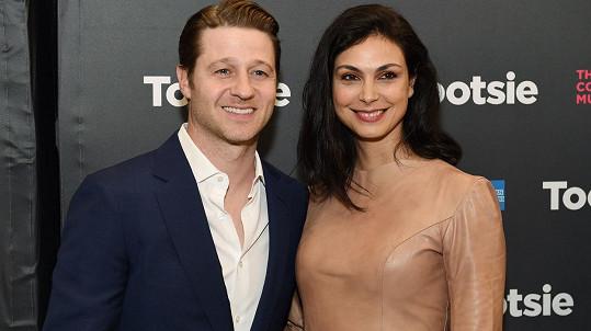 Morena Baccarin oznámila, že s manželem Benem McKenziem čekají druhé společné dítě.