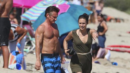 Sean Penn a jeho nová partnerka.