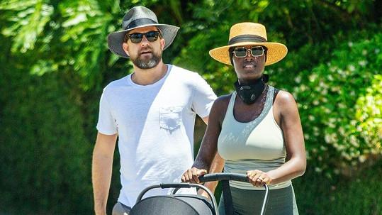Jodie Turner-Smith s manželem Joshuou Jacksonem