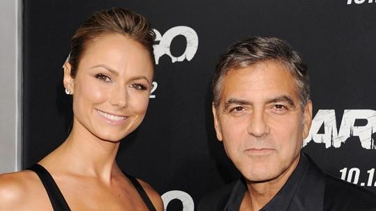 George Clooney se Stacy randil dva roky.