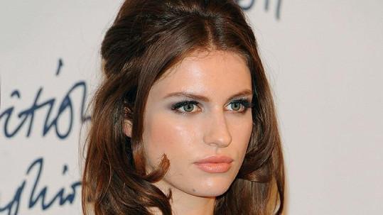 Tali Lennox má ideální postavu i tvář do modelingu.