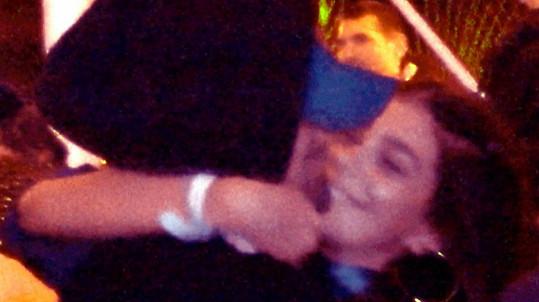 Camila Morrone a Leonardo DiCaprio na festivalu Coachella