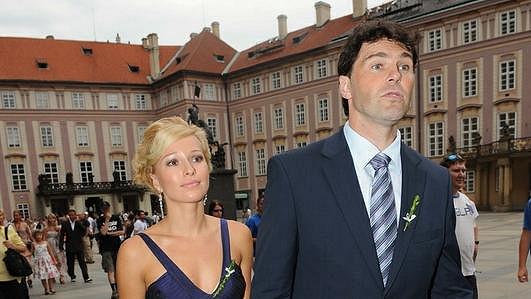 Jaromír Jágr se stále ještě přítelkyní Innou Puhajkovou.