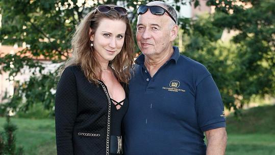 Ivan Vyskočil s přítelkyní Romanou