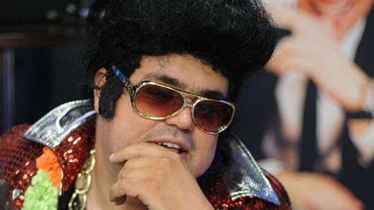 Kdopak si to hrál na Elvise Presleyho?