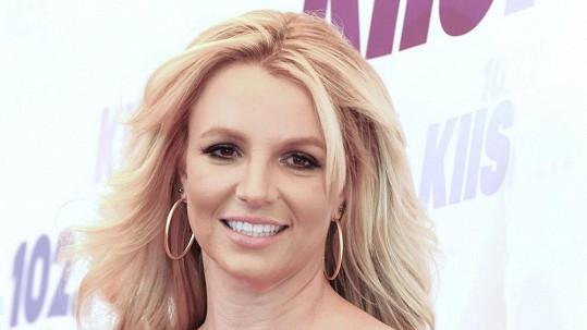 Britney Spears je prý postrachem pirátů.