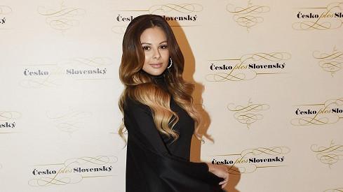 Z Moniky Bagárové je napůl blondýna.
