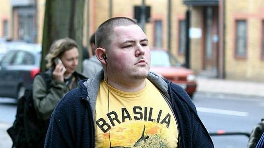 Jamie Waylett dostal u soudu dvouletý nepodmíněný trest.