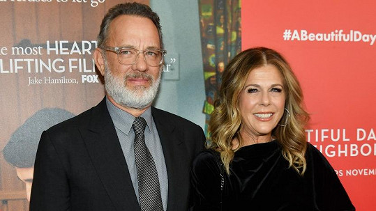 Tom Hanks a Rita Wilson byli pozitivně testovaní na koronavirus.